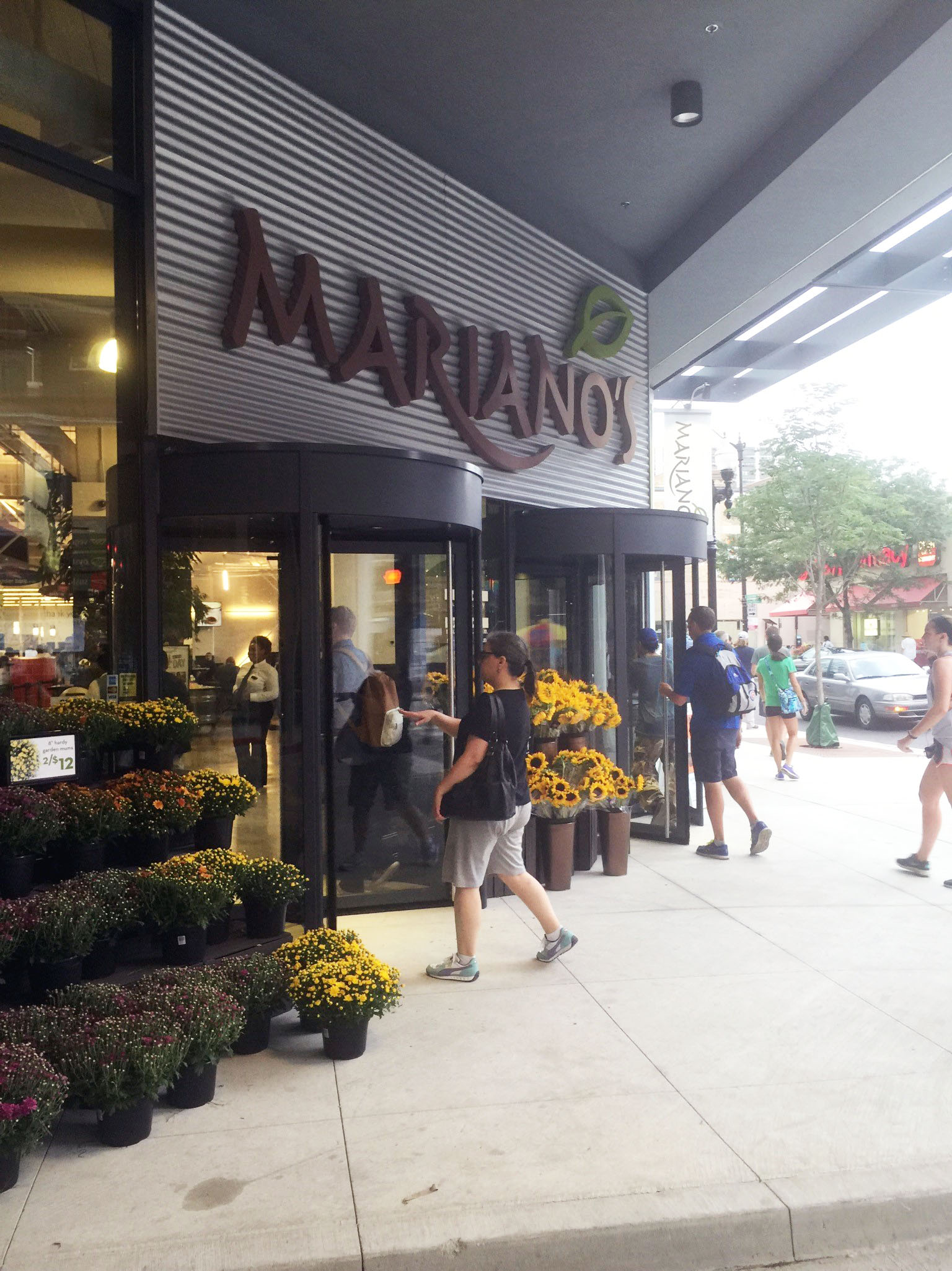 Marianos in Chicago with Revolving Doors.jpg