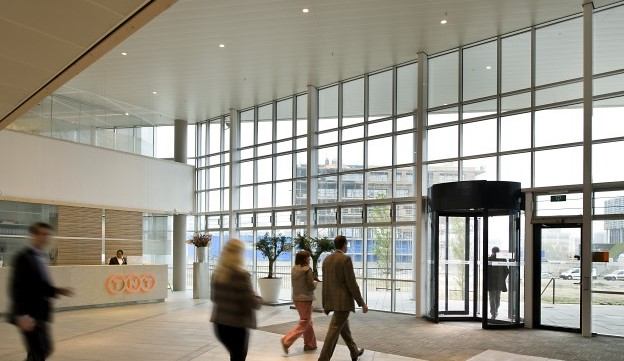 Manual Revolving Doors with Security Features