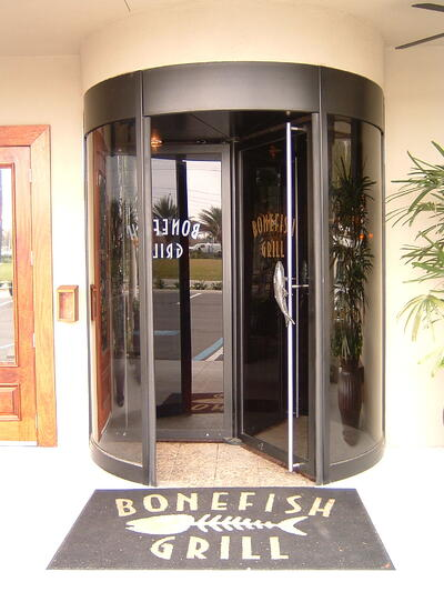 Entrance to Bonefish Grill in Lakeland Florida